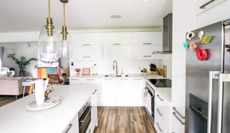 How to Update your Rental Kitchen (and get your deposit back) & How to Decorate a Rental - at home with Ashley