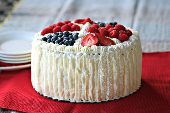 Cream Cake by Becka