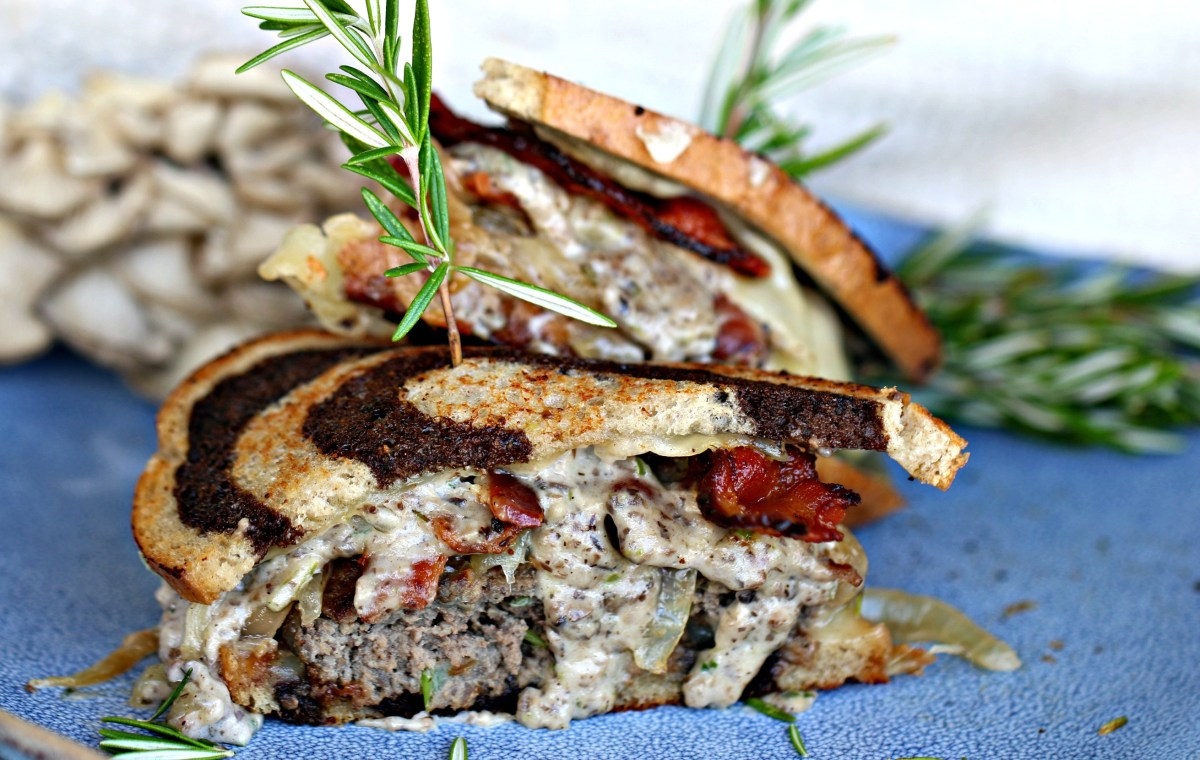 Aussie Grassfed Beef and Lamb Patty Melt with Mushroom and Bacon Gravy