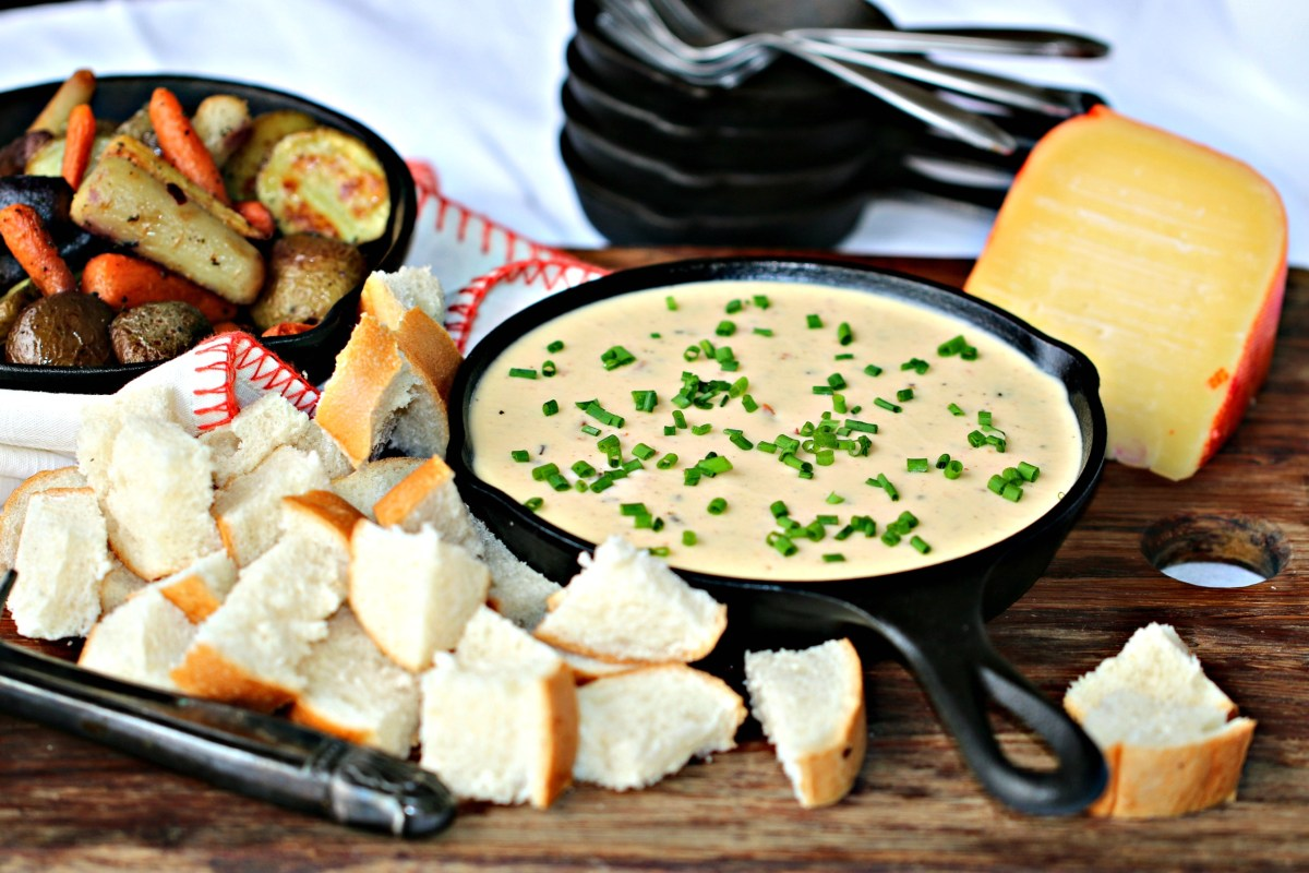 Mahón-Menorca Cheese Fondue Dip with Roasted Vegetables | Blogger Recipe Challenge