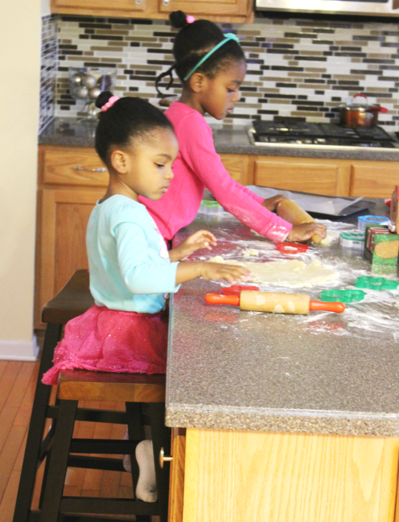 christmas-traditions-kids-baking-cookies