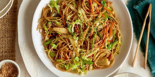 landscape-1492092990-loaded-veggie-chow-mein-horizontal - Delish