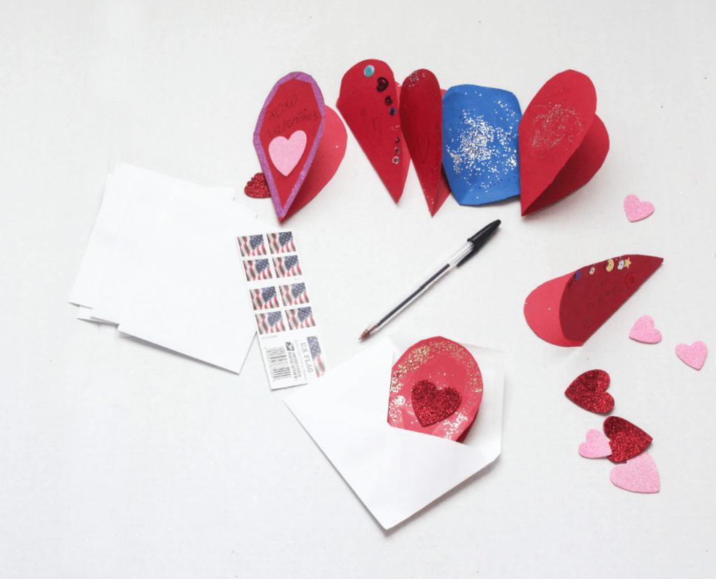 DIY- Valentine's Heart Cards - For Kids Crafts - DIY Valentine's Cards - At Home With Zan