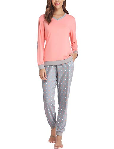 Cotton Pajamas for Mom - Holiday Gift Guide for Moms and Dads - Parents Gifts - Spouse Gifts - At Home With Zan