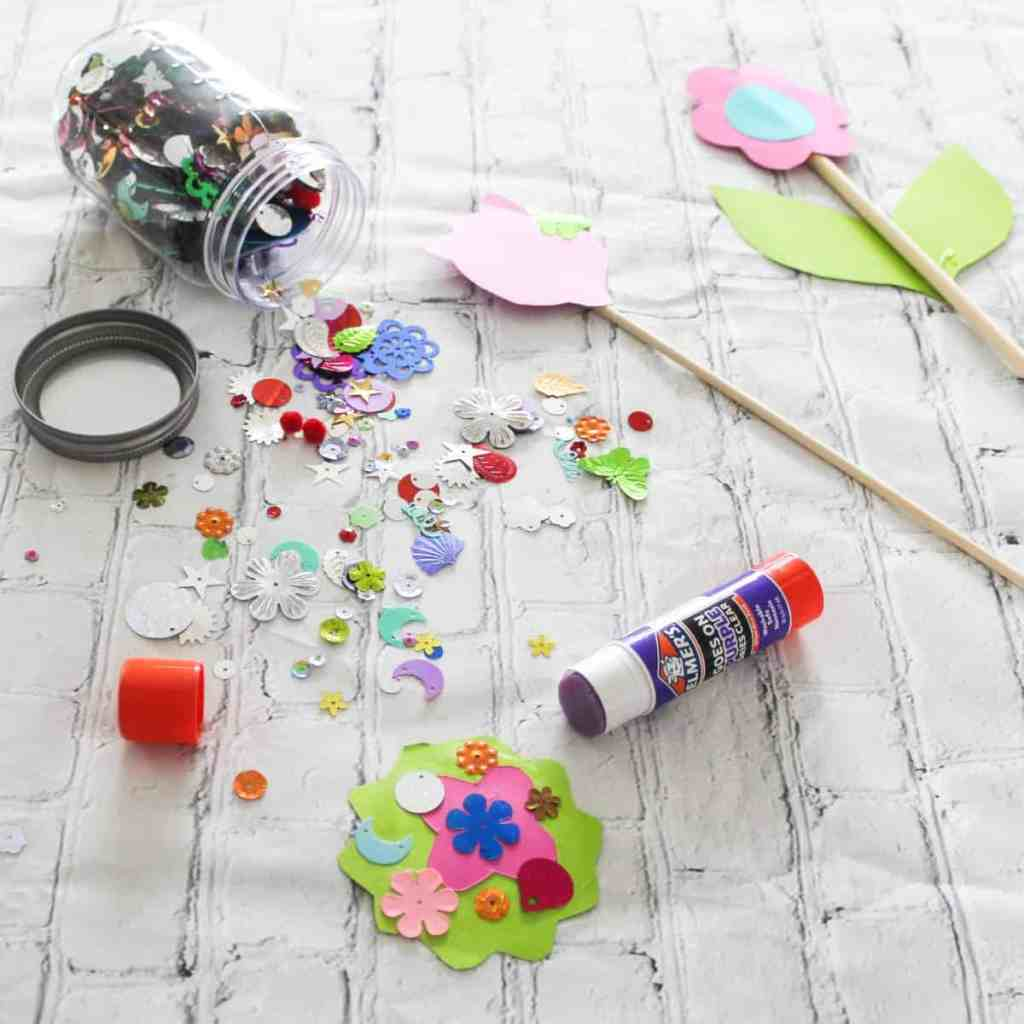 Paper Craft Flowers - Crafts for Kids
