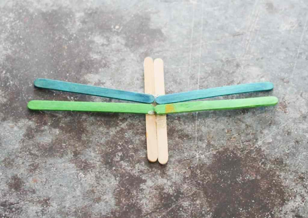 Popsicle Stick Dragonfly