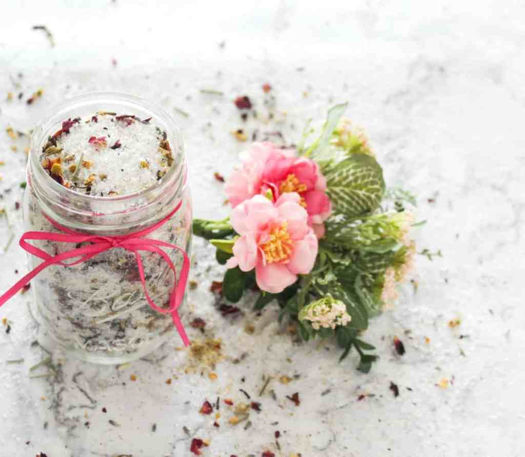 Herb and Essential Oil Bath Salts - athomewithzan.com