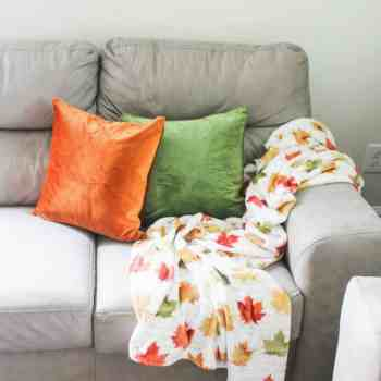 Favorite Fall Decor - Fall Leaf Blanket - athomewithzan.com