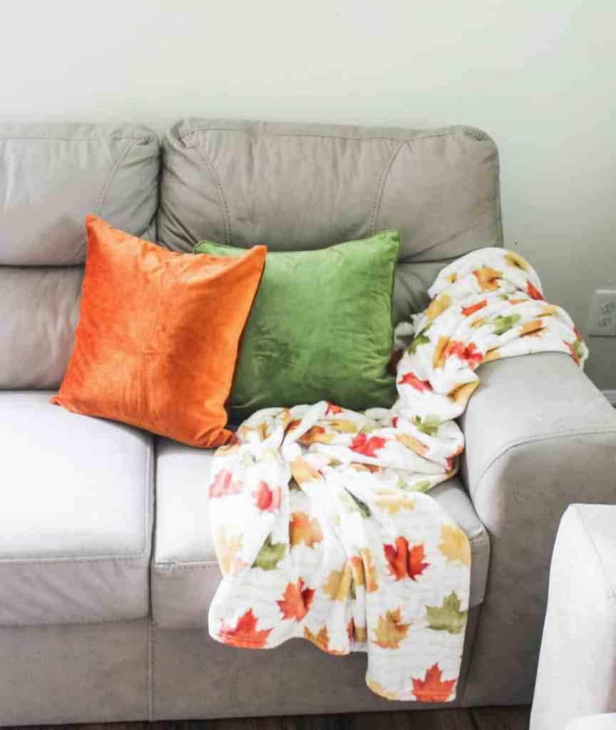 Favorite Fall Decor - Fall Leaf Blanket - athomewithzan.com