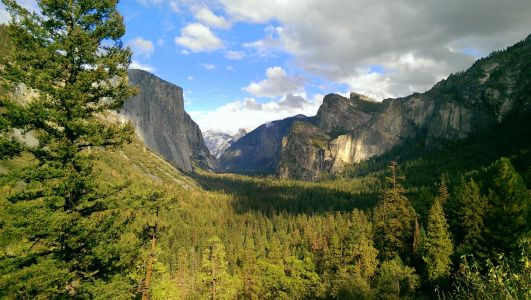 Tunnel View - Yosemite National Park, CA