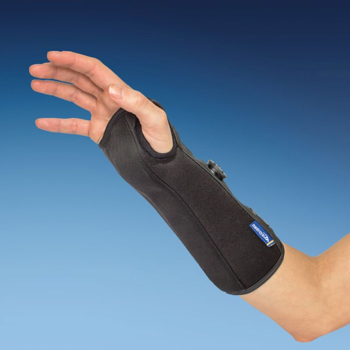 long wrist support brace with boa system