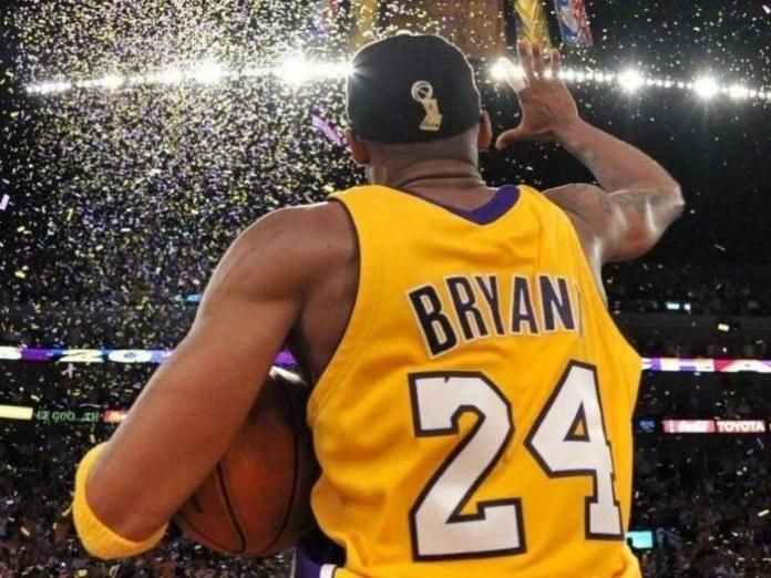 Kobe comemorando seu quinto título em 2010