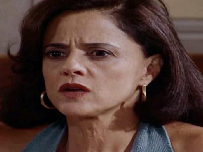 Marieta Severo interpretando Alma em 'Laços de Família' (Globo)