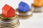 Pretul apartamentelor din Romania s-a ieftinit cu 2.4%