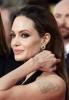 Angelina Jolie a suferit o interventie chirurgicala pentru a preveni cancerul de san
