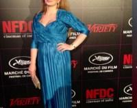 Delia Antal a plecat cu doua valize pline de rochii si accesorii la Cannes