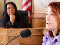 Persoanele din sala de judecata si-au dat seama dupa o ora ca martorul vorbeste alta limba