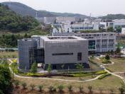 Șeful laboratorului din Wuhan își apără procedurile: Nicio picătură de apă nu putea ieși