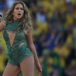 Jennifer Lopez a pozat nud pentru coperta noului single | VIDEO