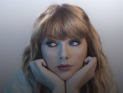 Taylor Swift, triumfătoare de American Music Awards