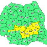 Cod galben de ploi în zece județe și ninsori la munte. Vânt, ploi și burniță în București