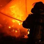 Prahova: Incendiu la un vagon cu benzină. Traficul feroviar între Buşteni şi Azuga, blocat