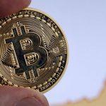 Bitcoin, la peste 50.000 de dolari pe unitate