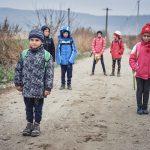 România va putea combate sărăcia în rândul copiilor cu bani europeni, dacă Guvernul va depune proiectul la timp