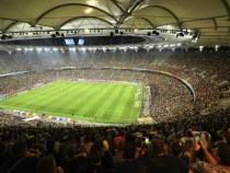 Patru scenarii pentru Campionatul European de Fotbal, printre care și stadioane deschise la capacitate maximă
