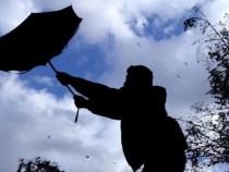 ANM: Intensificări ale vântului în mare parte din ţară şi ninsori la munte