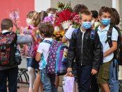 Scandalul testelor rapide în școli | De ce se ceartă Cîmpeanu cu Voiculescu