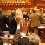 Numărul foștilor parlamentari ce primesc pensii speciale a crescut semnificativ față de anul trecut