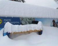 Stratul de zăpadă pe Pârtia cu Surprize se apropie de 1 metru