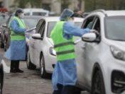 Președintele Klaus Iohannis îi invită pe români să vină la centrul de vaccinare drive-thru din Piața Constituției | AUDIO