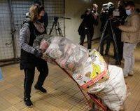 Tensiuni la demolarea magazinelor de la metrou. Patronii acuză primarul Sectorului 2 că nu i-a înștiințat la timp | AUDIO