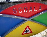 București: Rata de infectare cu SARS-CoV-2 a coborât la 1,06. Școlile ar putea trece, de miercuri, în scenariul verde