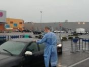 Centrul de vaccinare de tip drive-thru din Arad va fi deschis și de Paște | AUDIO