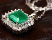 Românii au început să cumpere bijuterii pe post de cadouri!