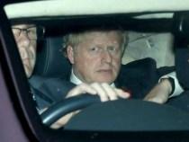 Boris Johnson, acuzat că și-a renovat apartamentul cu fonduri din donații private