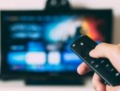 Obiceiurile francezilor în pandemie: Un sfert s-au uitat pe site-uri care difuzau ilegal filme