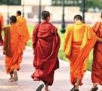 SUA: Șase români au fost arestați după ce au jefuit un templu budist