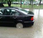 Ploaia puternică din București a inundat bulevarde mari și subsoluri de clădiri