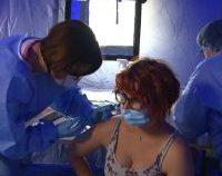 100 de oameni vaccinați în câteva ore, la un târg duminical din Dumbrăveni, județul Vrancea