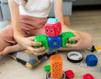 Ghid pentru jucării educaționale: învață jucându-te cu copiii