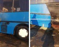 Botoșani: Copii evacuați în siguranță dintr-un autobuz al cărui motor a luat foc