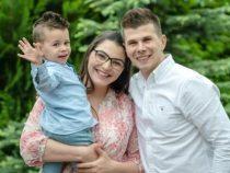 Țară în service   Povestea zecilor de mii de copii români născuți în diaspora în fiecare an