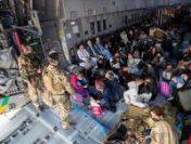 Afganistan: Continuă operațiunile de evacuare a cetățenilor străini