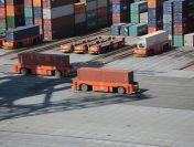 Industria transportului maritim si logistica in porturi
