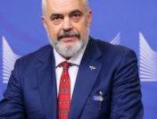 """Albania, """"dispusă"""" să primească refugiaţi afgani"""