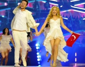 eurovision-birincisi-azerbaycan_1031_b[1]